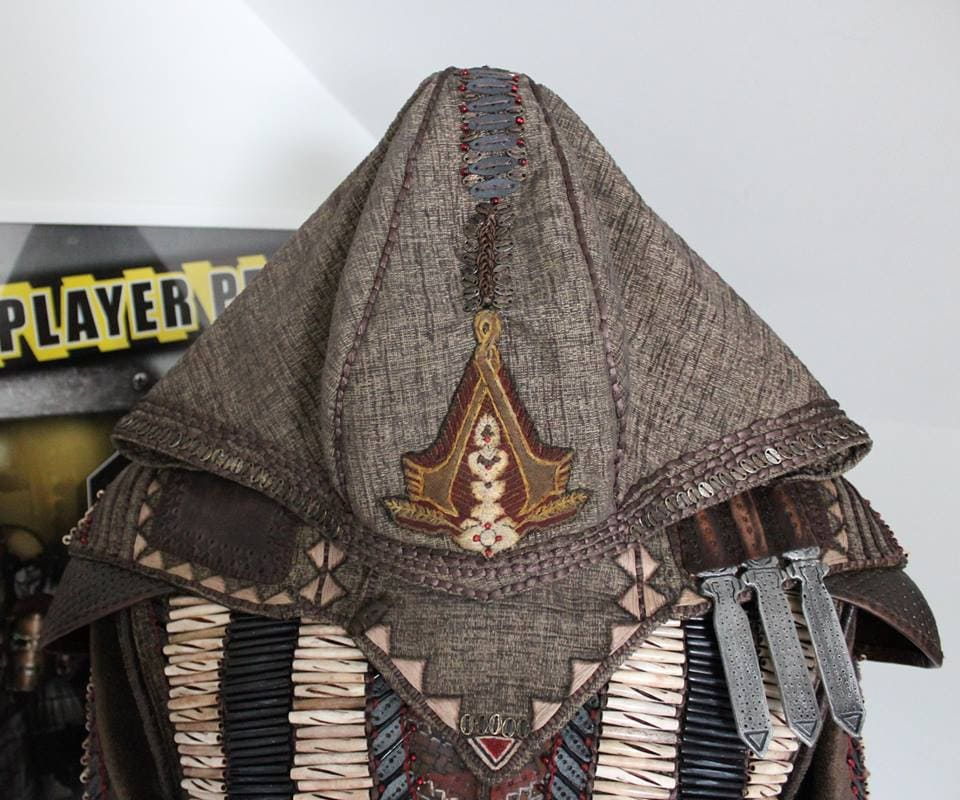 Wicked Tailor_Hood Detail